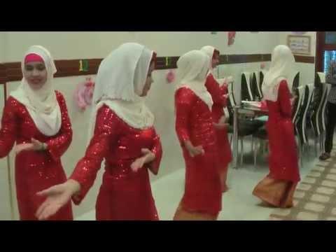 Chiếc khăn duyên ( múa Chăm - nhóm Putra)