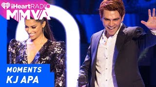 KJ Apa and Lilly Singh Introduce Lorde | 2017 iHeartRadio MMVAs