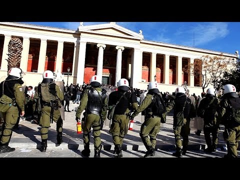Greek Riot Police attacks highschool students on Athens University grounds (December 6, 2013)