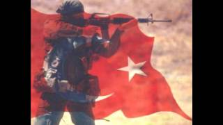 Türkü - Her Şehidin Ardından Bir Türkü Söyle Ağlama Anne