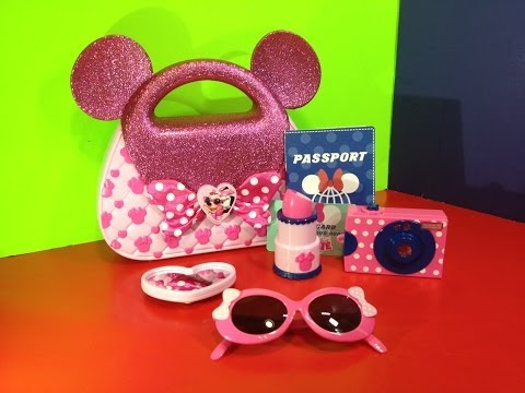 Disney Junior Minnie Mouse Travel Accessory Kit  from Mickey Mouse Clubhouse