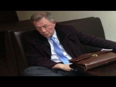 U.N. envoy chased out of Ukraine by gunmen