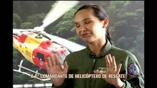 Corpo de Bombeiros tem a primeira mulher comandante de um helic�ptero de resgate