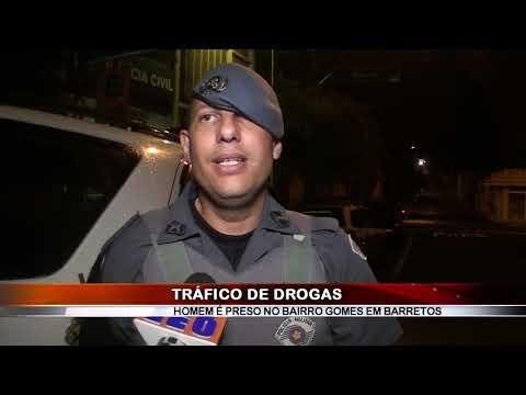 17/02/2019 - Jovem de 25 anos é preso por tráfico de drogas no Bairro Gomes em Barretos
