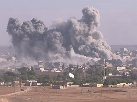 Raw: US Airstrikes Hit Syrian Border Town