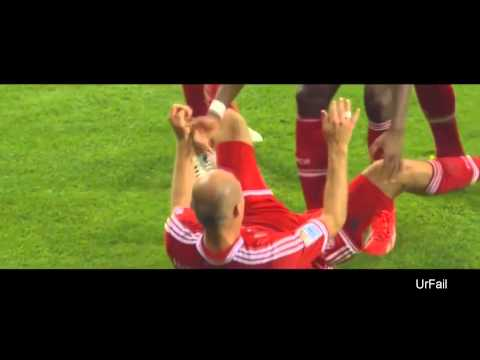 2 Arjen Robben celebration fails! || UrFail