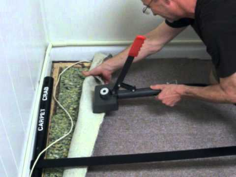 How to remove carpet wrinkles with the Carpet Crab power stretcher