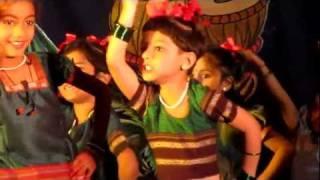 Navachi Gojiri Marathi Song Children Performing In Group