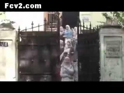 - فيلم فضيحة الحجاب فى مصر للبنات و الكبار فقط