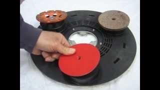 Levigatrice orbitale pss 250 ae con 25 pezzi dei dischi for Levigatrice a nastro parkside