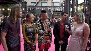 UMUSIC Does: iHeartRadio MMVAs Red Carpet   Featuring DNCE, Post Malone, Julia Michaels & More