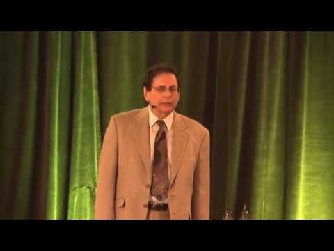 Dr. Robert McDonald at the Cure To Cancer Summit 2014 - 1 of 4
