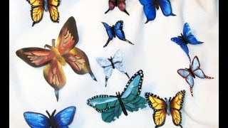 Una mariposa con lata de refrescos