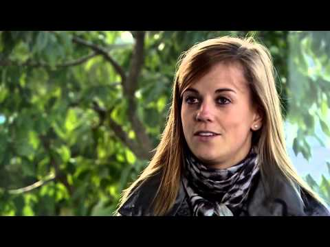 Mercedes Benz DTM 2011  3 questions for Susie Wolff