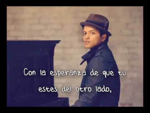 Bruno Mars - Talking to the Moon (Español)