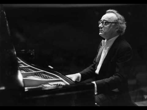 Mozart - Piano Concerto kv467 no21 (Alfred Brendel) - 2nd movement