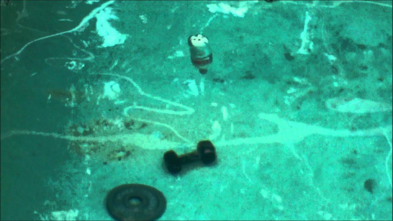 Dry Ice Bomb In Pool Youtube