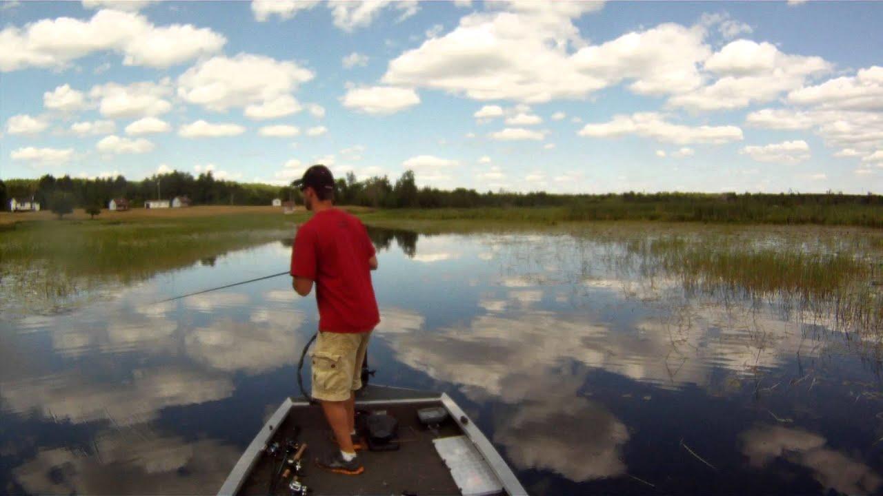 Canada bass fishing top water frog 1 2 3 hook set for Top water bass fishing