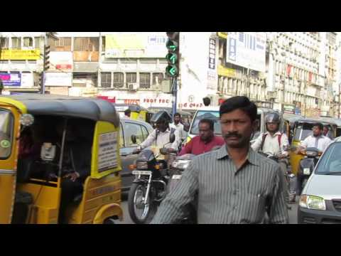 Traffic in Hyderabad, India