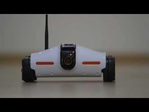 iPhone、iPadで操縦できるラジコン!eye-tankついに登場! AR Drone brookstone