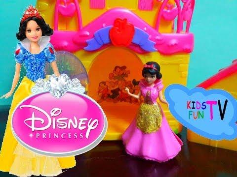 Magic Clip Disney Princess Little Kingdom Snow White Doll Playset