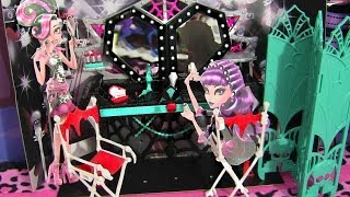 MONSTER HIGH FRIGHTS CAMERA ACTION! DRESSING ROOM PLAYSET