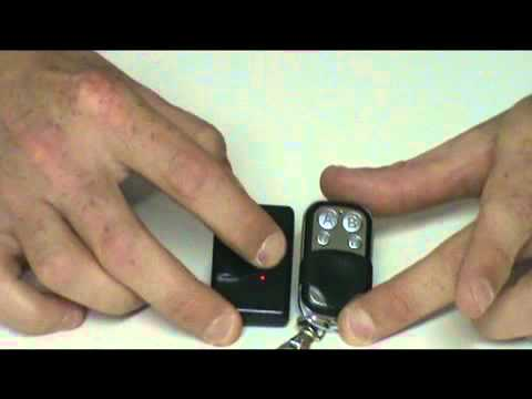 Telecomando universale per cancelli youtube for Spranga universale per porte