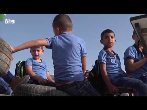 في خلة الضبع.. مدرسة بلا جدران وطلبة في العراء