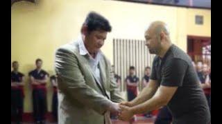 Sau nhiều lần né tránh, Võ sư Huỳnh Tuấn Kiệt phải nhận lời thách đấu của Flores vì lí do này