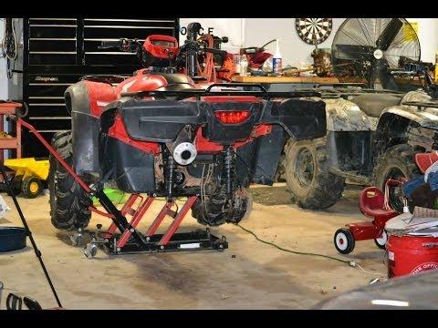 HONDA FOREMAN 500 ATV REPAIR / FINAL DRIVE UNIVERSAL JOINT AND SWING ARM INSTALLATION / TECH TIPS