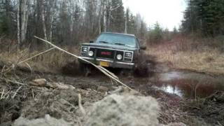 1990 GMC Suburban 1500 4x4 sbc 350 trying out the new All Terrains