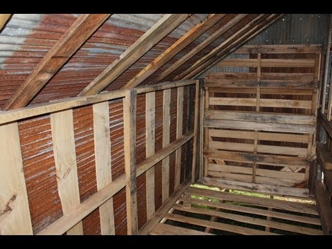 how to build free or cheap shed from pallets diy garage. Black Bedroom Furniture Sets. Home Design Ideas