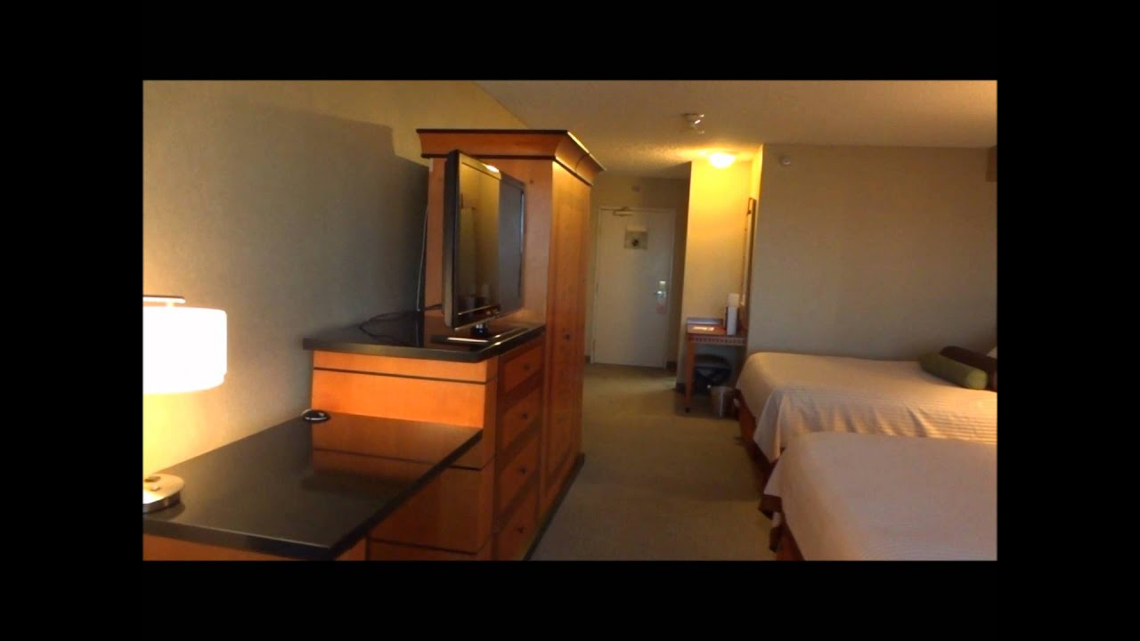 luxor deluxe pyramid queen suite