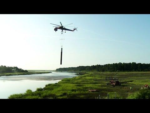 Erickson S-64 Aircrane Helicopter Constructing 115kV Transmission Line Along I-95 in Coastal Georgia
