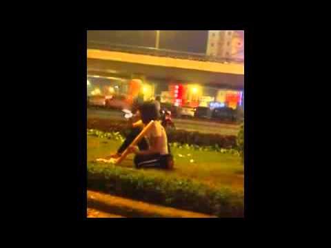 Gai Ha Noi ban thuoc lao lien tuc -bao ve chuyen nghiep
