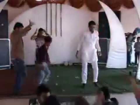 Top 10 funny Wedding Dance in Indian Marriages Sardar g enjoying