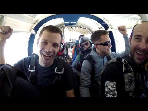 Joshua Riddle's Tandem skydive!