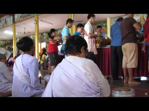 Almsgiving, End of Buddhist Lent, Vientiane, Laos