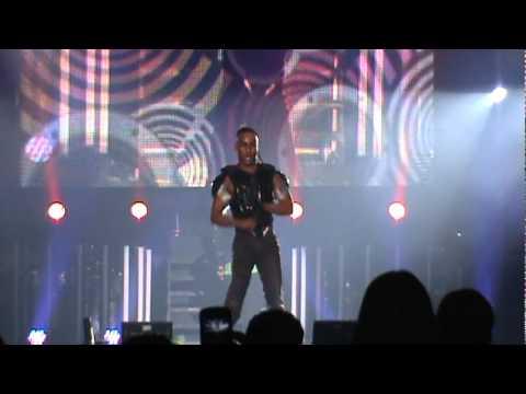 Tirate un paso - Daddy Yankee, Santiago RD