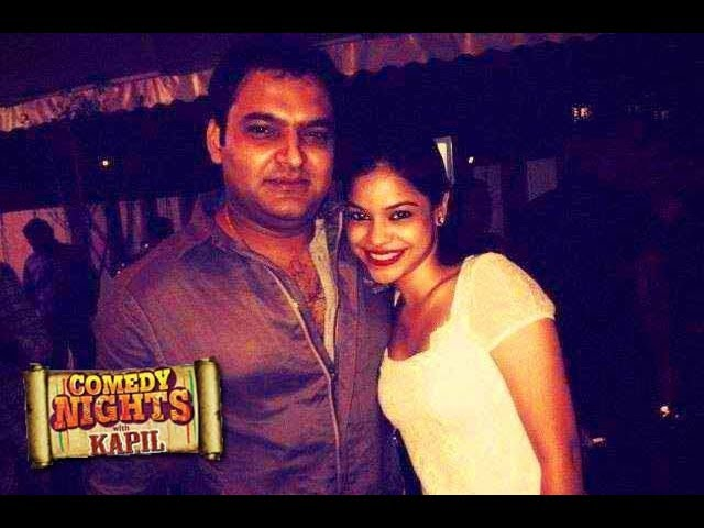 Hot Sumona Chakraborty CONFESSES LOVE For Kapil Sharma Of Comedy Nights With Kapil Full Episode