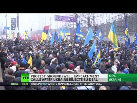 Clashes as mass rallies sweep Ukraine over EU trade deal shelving