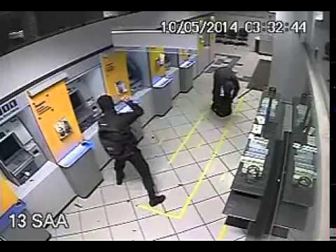 Explosão caixas eletrônicos Banco do Brasil - Balneário Piçarras de SC