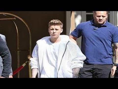 Justin Bieber Accused Of Robbery -- Police Says He Grabbed A Girl's Phone