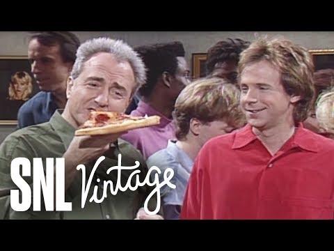 Macaulay Culkin Cold Opening - Saturday Night Live