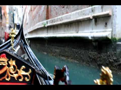 Venice Italy Gondola Ride -4OhqAYyc8QA