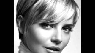 Fashionable Short Haircuts For Round Faces 2012