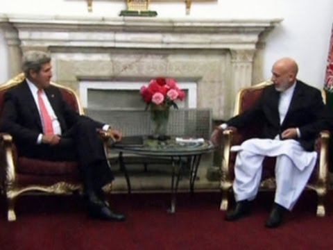 Kerry visits Afghan leader, discuss security agreement