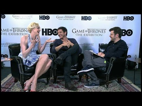 INFO entrevista Gwendoline Christie e Pedro Pascal, atores do seriado Game of Thrones
