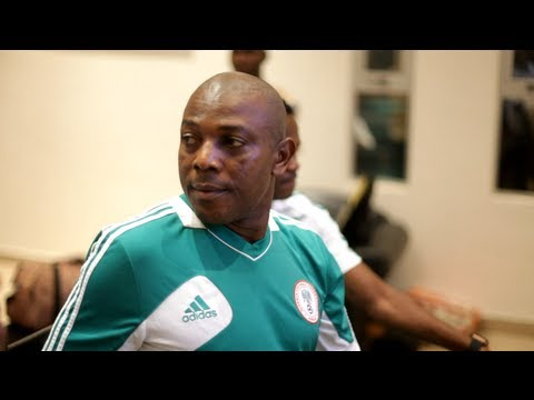 Rare pre-game team-talk by Stephen Keshi during a Super Eagles training session