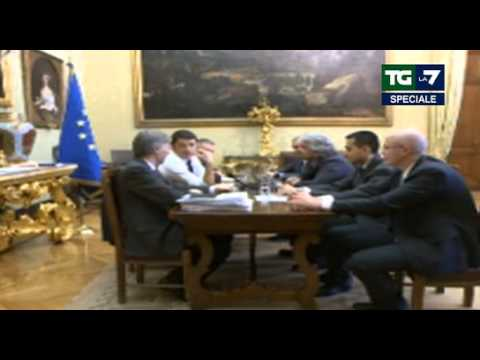 "Beppe Grillo vs Matteo Renzi: ""Il Confronto streaming"" 19 02 2014"" 1/4"